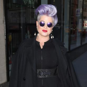 Kelly Osbourne Is Bitten On The Face By A Spider