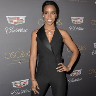 Kelly Rowland's Comfortable Shoes