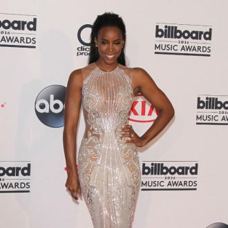 Kelly Rowland won't spoil son