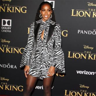 Kelly Rowland 'spiritually' sought parenting tips from late mother