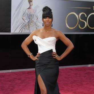 Kelly Rowland Working On Fashion Collection