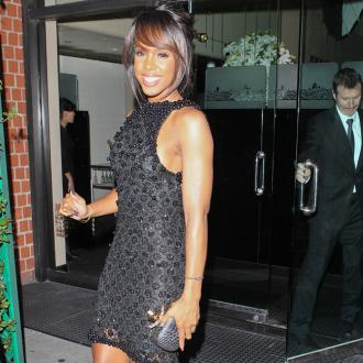 Kelly Rowland Supports Salvation Army Concert