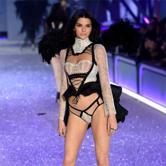 Kendall Jenner Can Hear Kylie's Screams On The Runway