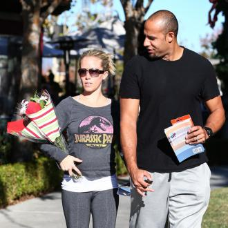 Kendra Wilkinson Worried About Losing Baby Weight