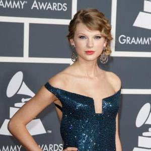 Kennedy Family Couldn't Kick Taylor Swift Out Of Wedding