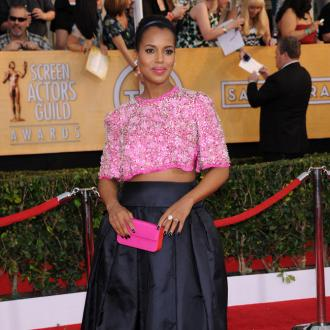 Kerry Washington Is Maternal On Set