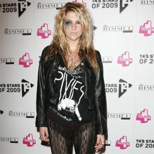 Kesha Spends Fortune On Glitter