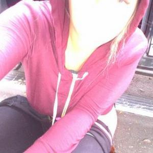 Kesha Pees In The Street