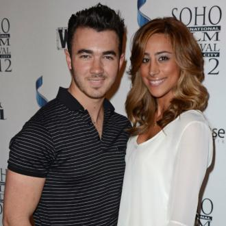 Kevin Jonas Wakes Wife Up To Play Music