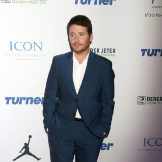 Kevin Connolly secretly dating Francessa Dutton