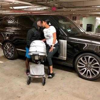 Kevin Hart Brings Son Home