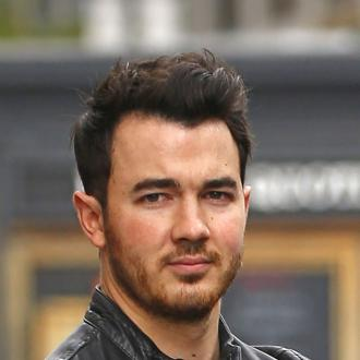 Kevin Jonas selling New Jersey mansion