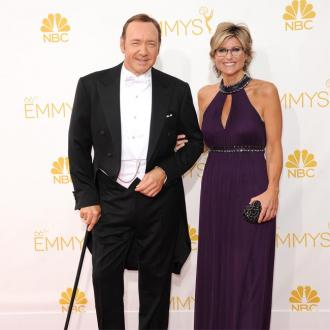 Kevin Spacey Needs Walking Stick At Emmys
