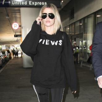Khloe Kardashian pays for elderly shoppers' food