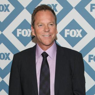 Embarrased Kiefer Sutherland hid after bike fall