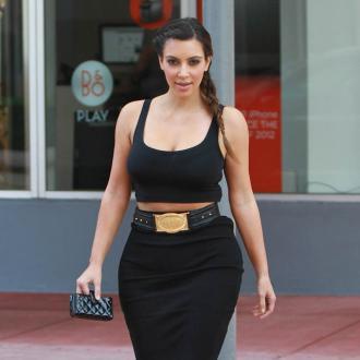 Kardashian  on Kim Kardashian   Kim Kardashian Looks Up To Mom   Contactmusic Com