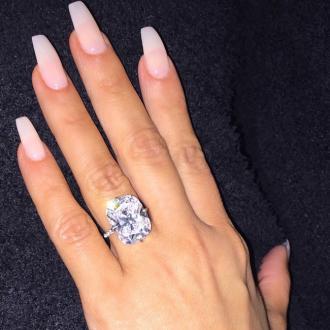 Kim Kardashian West Debuts New Nails