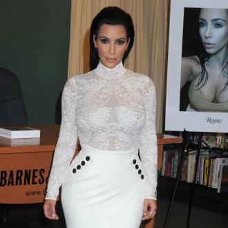 Kim Kardashian West Leaves $300 Tip