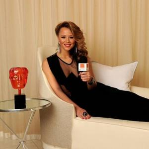 Kimberley Walsh Lends Cheryl Support