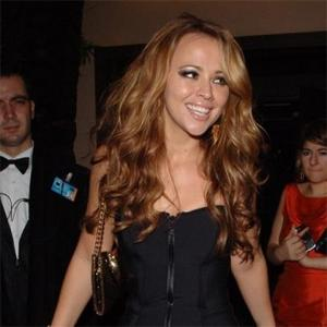Kimberley Walsh Plans Wedding Bash