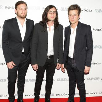 Kings of Leon want stripping fans