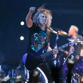 Metallica's Kirk Hammett takes a tumble on slippery guitar pedal