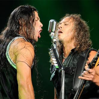 Kirk Hammett spends fortune on comic books