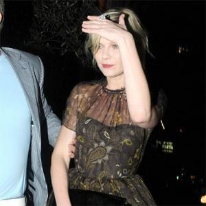 Kirsten Dunst Likes Love Surprises