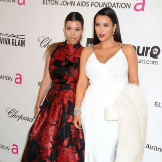 Kim Kardashian Gives Sister Kourtney Relationship Advice