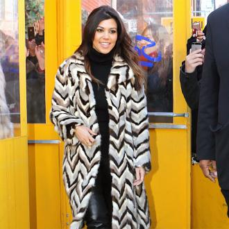 Kourtney Kardashian To Lose 14lbs