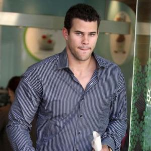 Kris Humphries Cancels Club Appearance