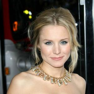 Kristen Bell Loves Ring