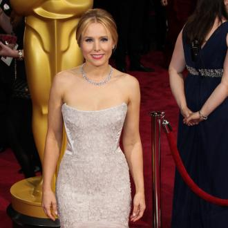 Kristen Bell Scratched Holes In Her Face During Labour