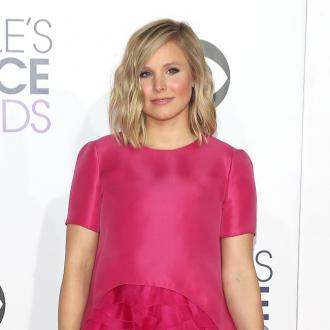 Kristen Bell's husband prefers her makeup free