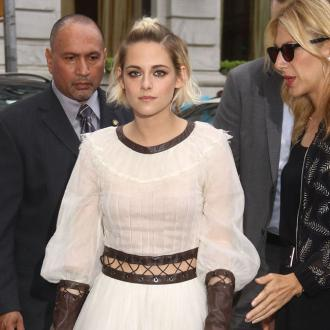 Kristen Stewart hates being a celebrity