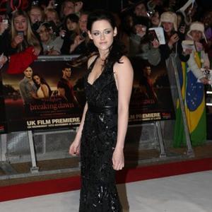 Kristen Stewart Misses Taylor's Praise