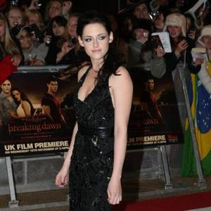 Kristen Stewart Itching To See The Hunger Games