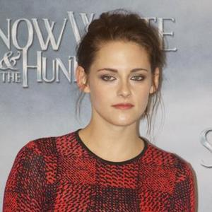 Kristen Stewart Never Used To Wear Perfume