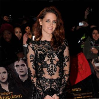 Kristen Stewart out of Focus