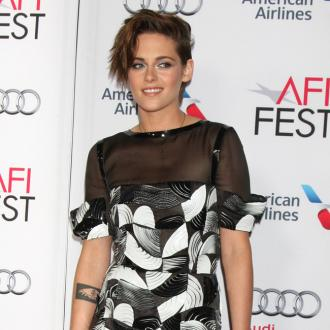 Kristen Stewart 'will survive' Robert Pattinson's engagement news
