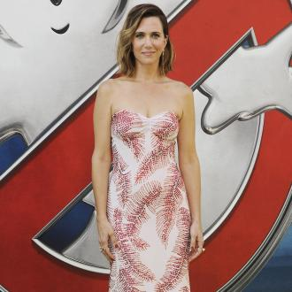 Kristen Wiig engaged