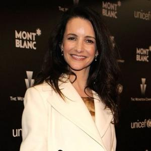 Kristin Davis Fascinated By Elephants