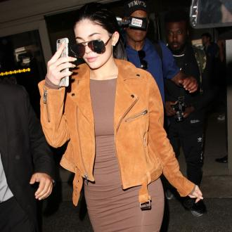 Kylie Jenner Takes Online Birthing Classes