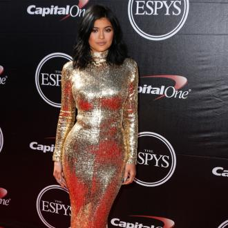 Kylie Jenner Won't Let Make-up Artist Near Lips