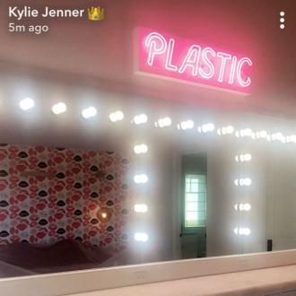 Kylie Jenner's 10k Sign