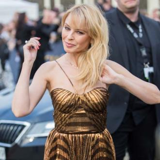 Kylie Minogue gushes over new romance