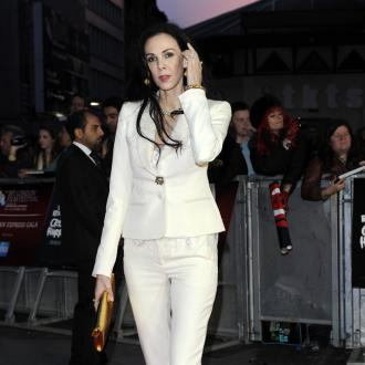 L'wren Scott's Social Media Pages Removed
