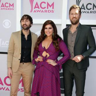 Lady Antebellum pay tribute to Niall Horan at London gig