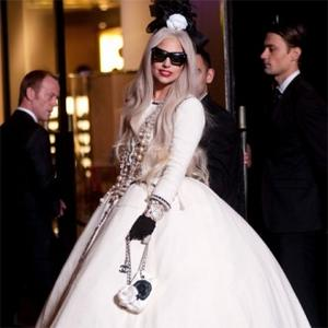 Lady Gaga Fires Guns With Boyfriend