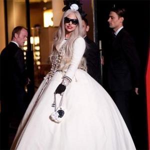 Lady Gaga Compares Jet Lag To Hallucinogen